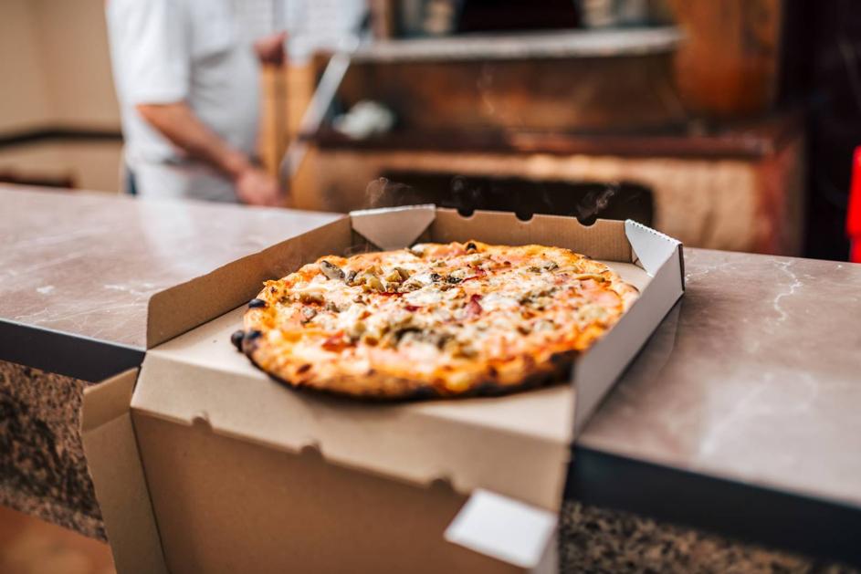 Pourquoi utiliser une boîte comme emballage alimentaire de la pizza ?